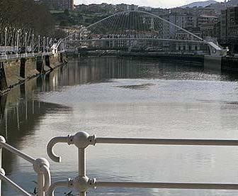 Bilbo- Euskadi- y el río…
