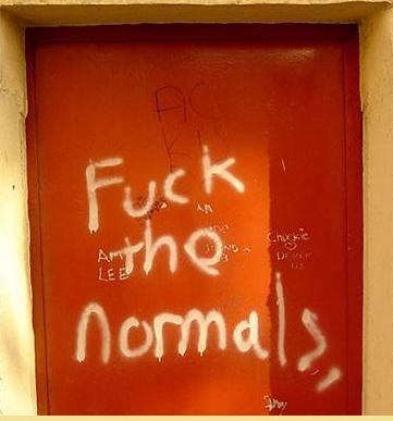 normalidades al borde del ser